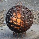 Feuerkugel aus Hufeisen, Durchmesser 82 cm