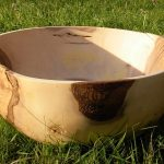 Gedrechselte Schale, Nussbaum, Durchmesser 65 cm