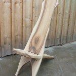 Wikingerstuhl aus Nussbaumholz
