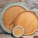 Servierbrett aus Altholz mit Originaler alter Farbe und Spuren