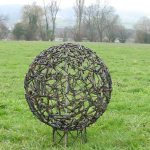Schraubenkugel, Durchmesser 65 cm
