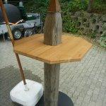 Stehtisch-SteinerWiffe mit 12mm Stahlplatte als Fuss, Tischblatt in 40mm, 90x90cm Eiche geölt, Gesamthöhe 180cm