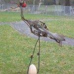 Vogel mit Ei