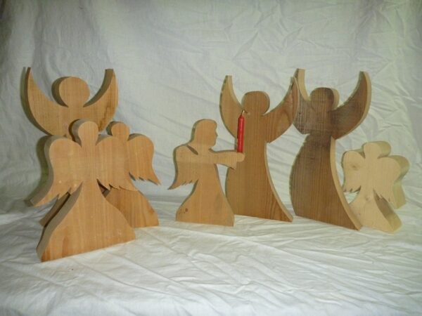 Engel aus Holz